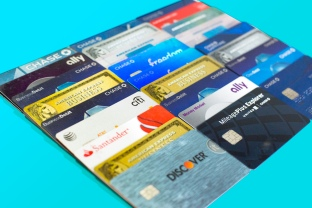 bank-credit-cards-2